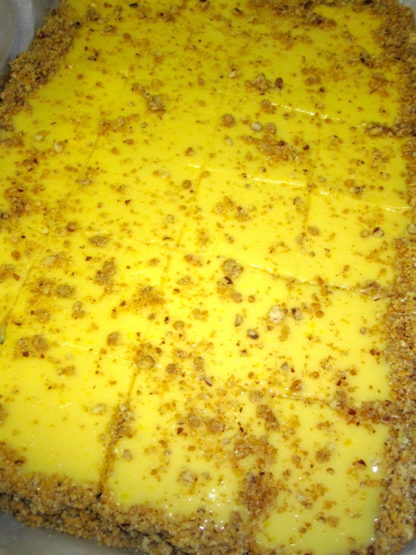I love a good graham cracker crust...so I sprinkled some extra on top of the bars as soon as I removed them from the oven!